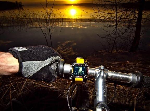 Polar 博能 RC3 运动心率表(GPS、含心率带)
